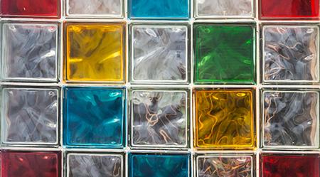Malta speciale colorata per fughe delle pareti in vetrocemento.