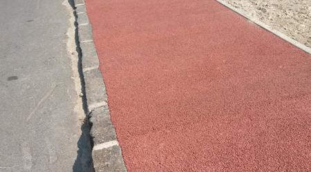 Pavimentazione Drenante Da Giardino : Calcestruzzo drenante colorato per pavimentazioni esterne